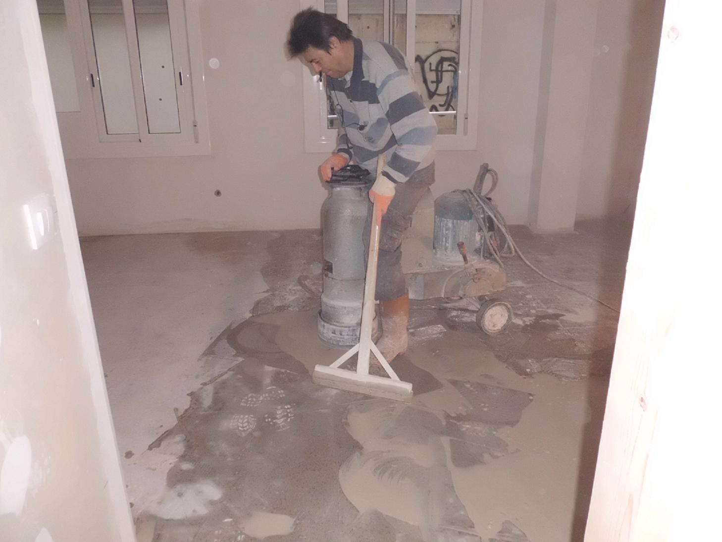 Como pulir el suelo de terrazo interesting top excelente pulir suelo terrazo manualmente patrn - Pulir el suelo ...